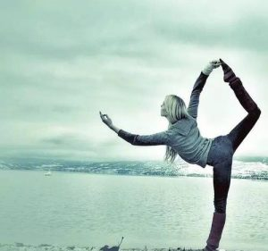 How Flow Yoga Boost Your Gains in Your Workout Routine